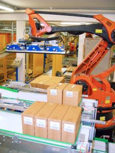 Impianto di movimentazione automatica. MH Material Handling